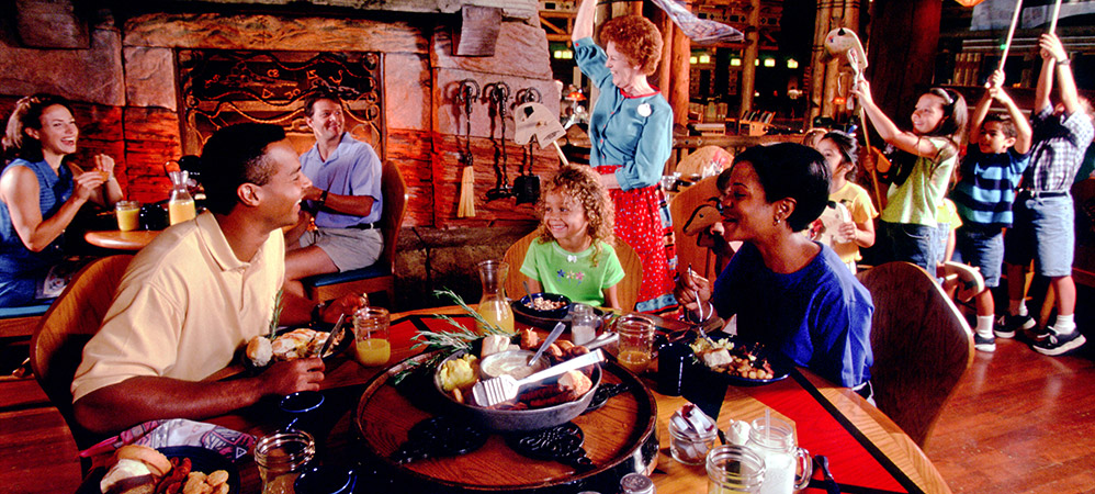 Wilderness Lodge DINING kids