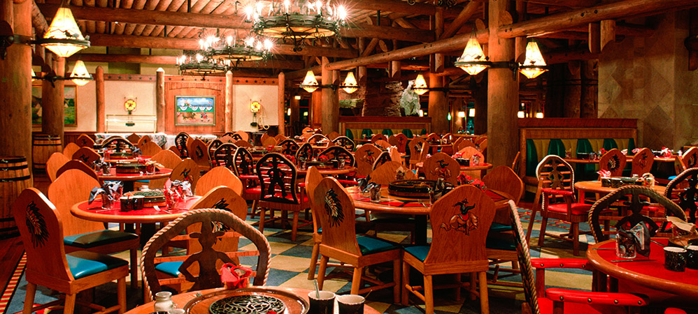 Wilderness Lodge DINING room