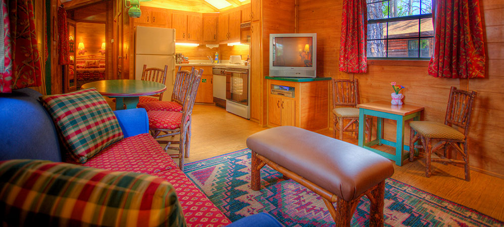 The-Cabins-at-Disney's-Fort-Wilderness-Resort-hall